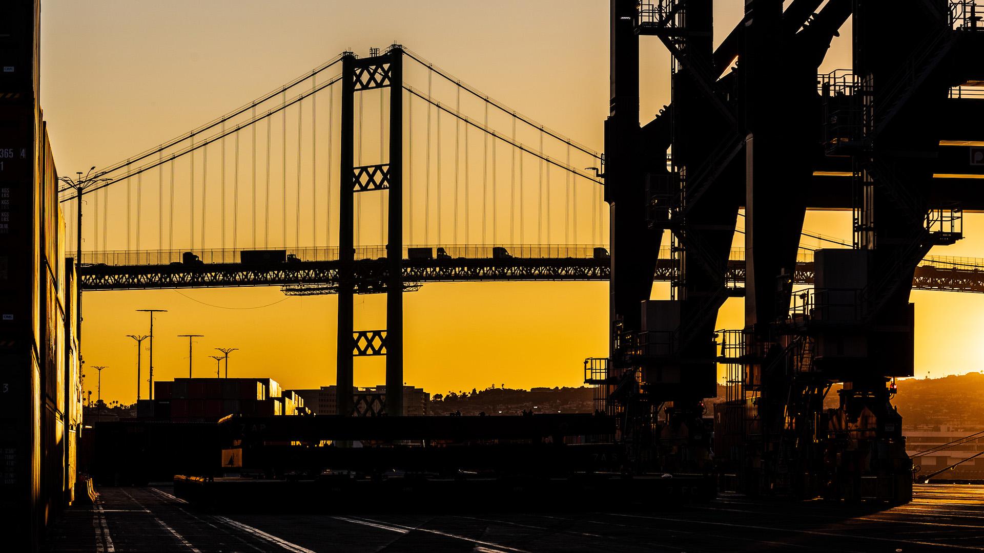 Vincent Thomas Bridge at Sunrise